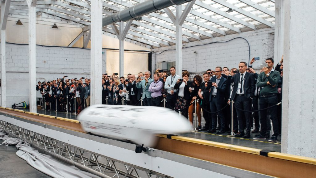 Model maglev train from Nevomo/